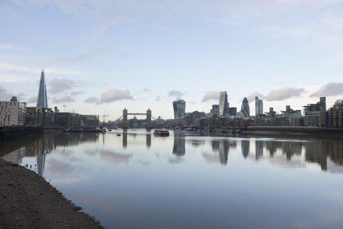 Londres depuis les bords de la Tamise